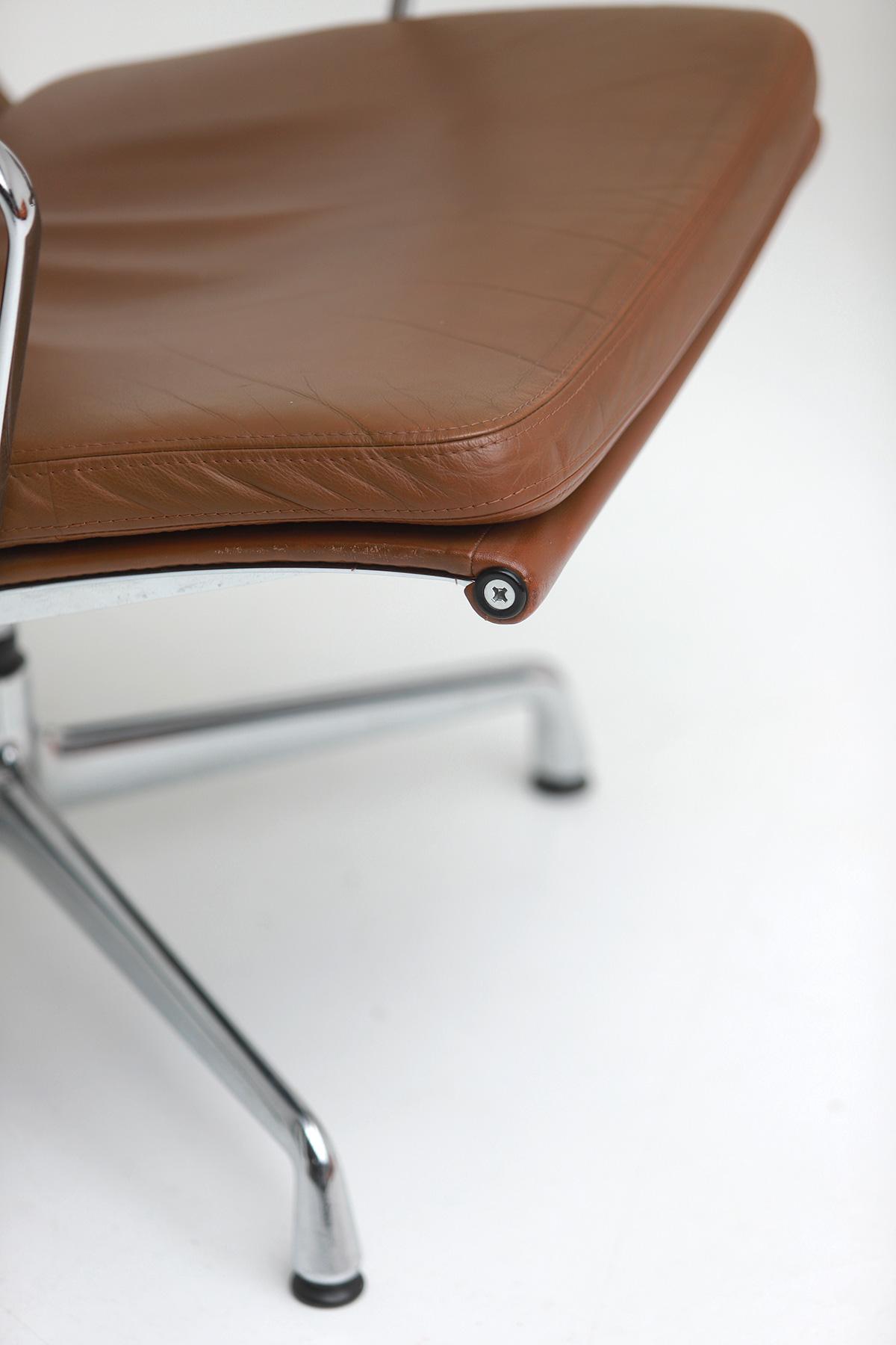 Pair of Eames  Aluminium EA216 Armchairs image 4