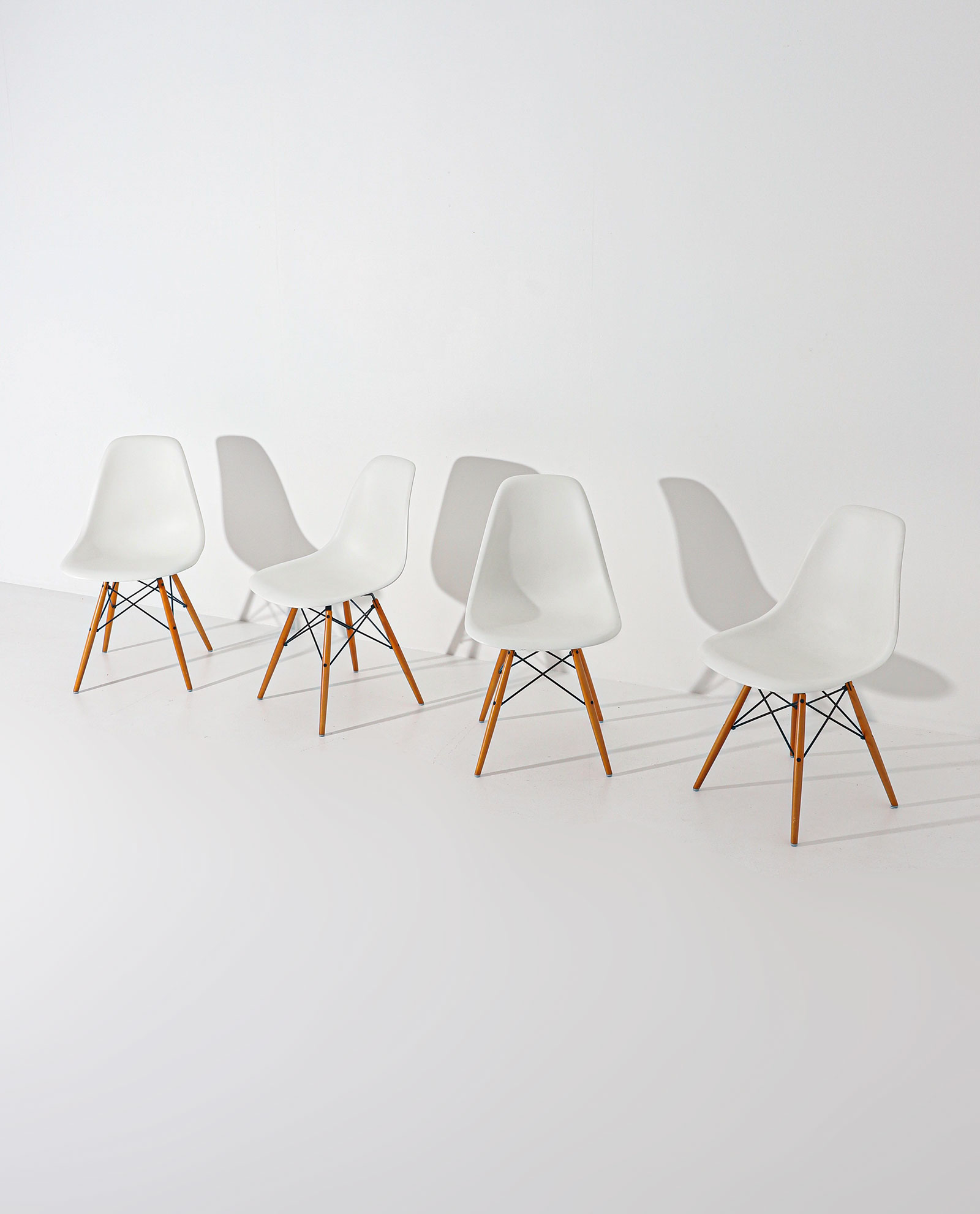 Eames DSW Vitra chairsimage 1