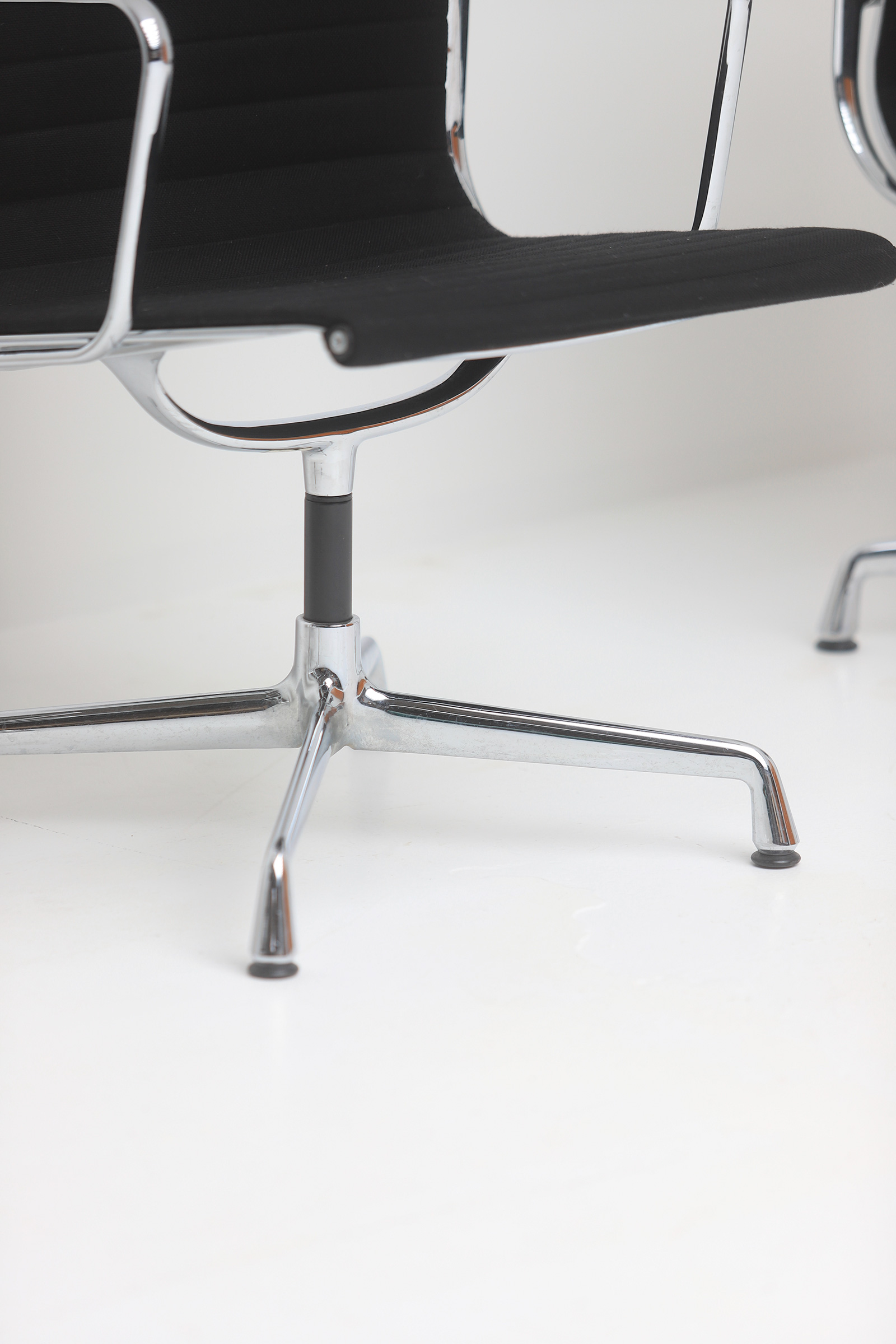 Set of Eames office chairs EA108image 3