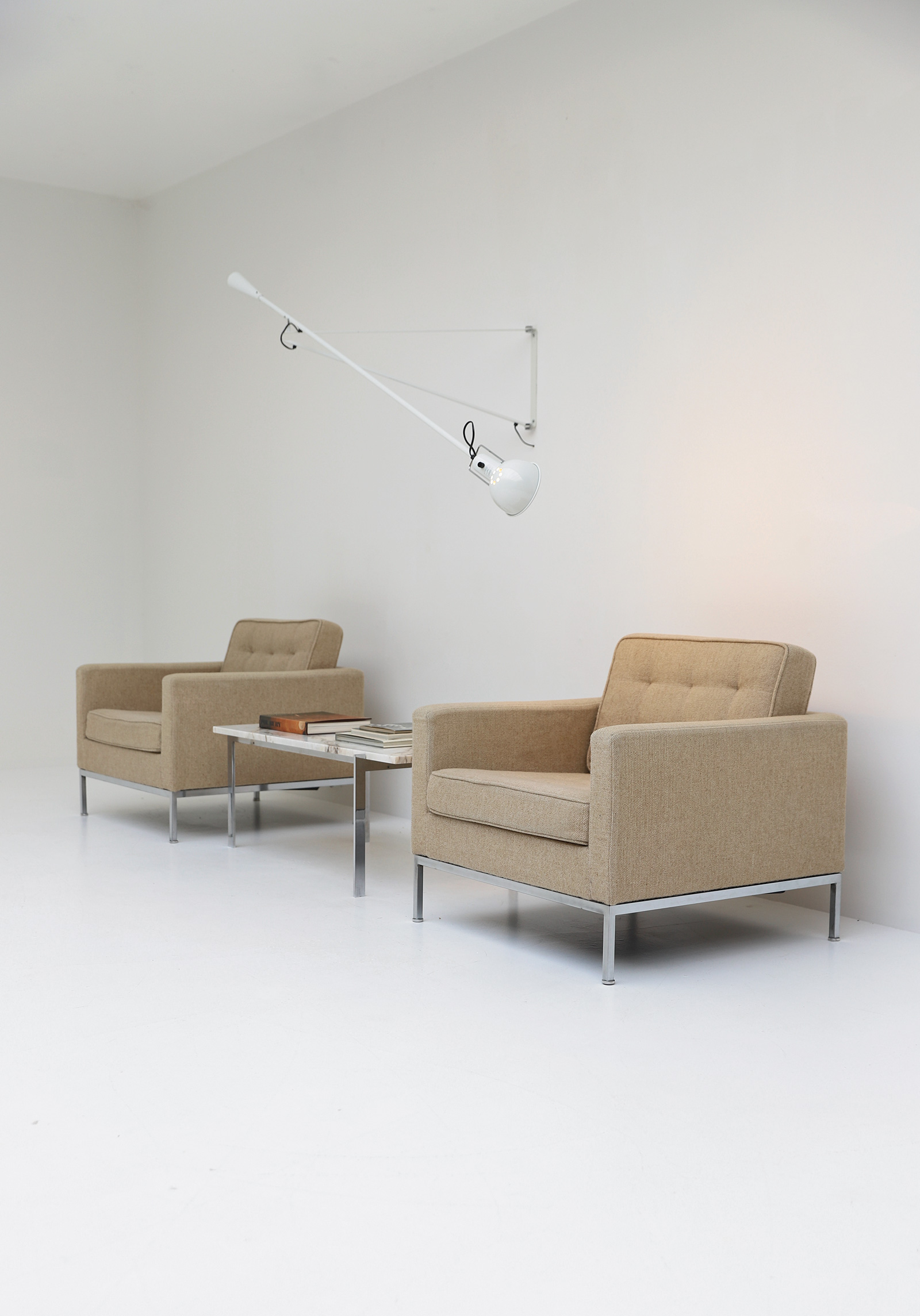 Florence Knoll Arm Chairsimage 4