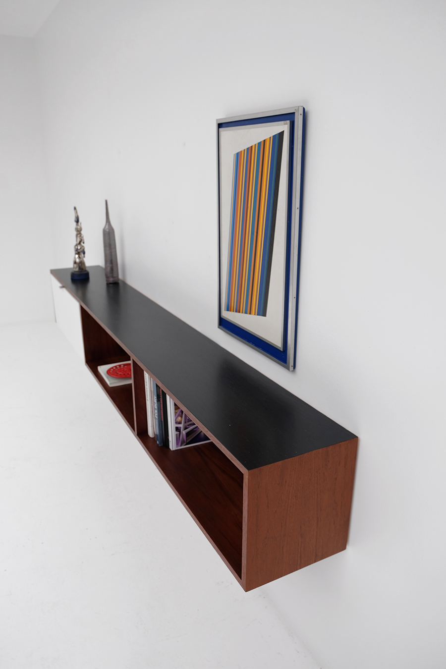 Victor Weekx floating sideboard image 11