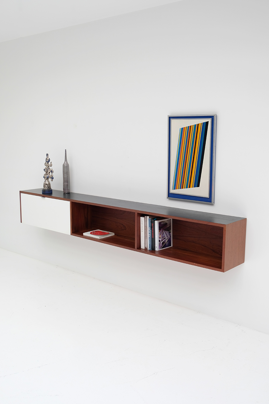 Victor Weekx floating sideboard image 6