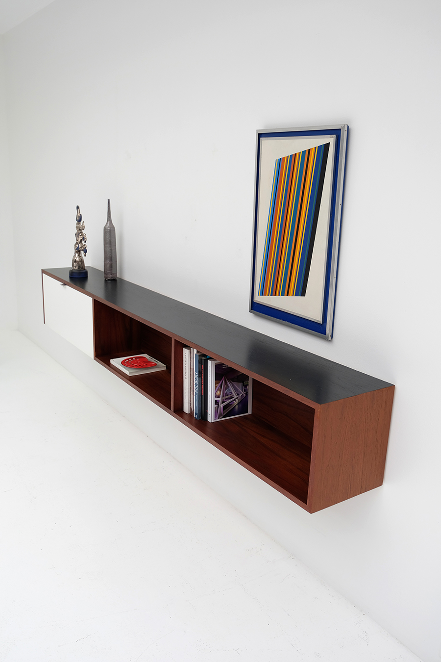 Victor Weekx floating sideboard image 8