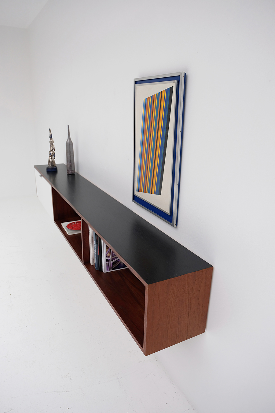 Victor Weekx floating sideboard image 10