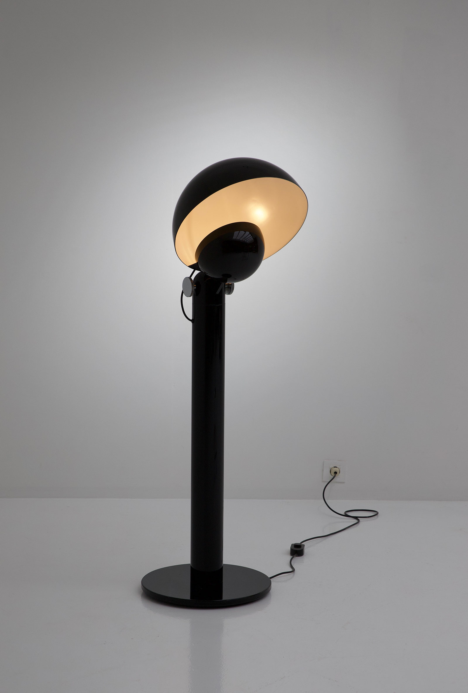 francesco buzzi cuffia floor lamp