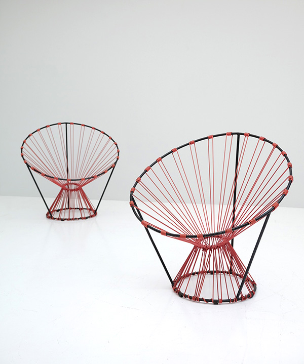 PAIR OF COQUETIER SEATS PUBLISHED BY STEINER image 1