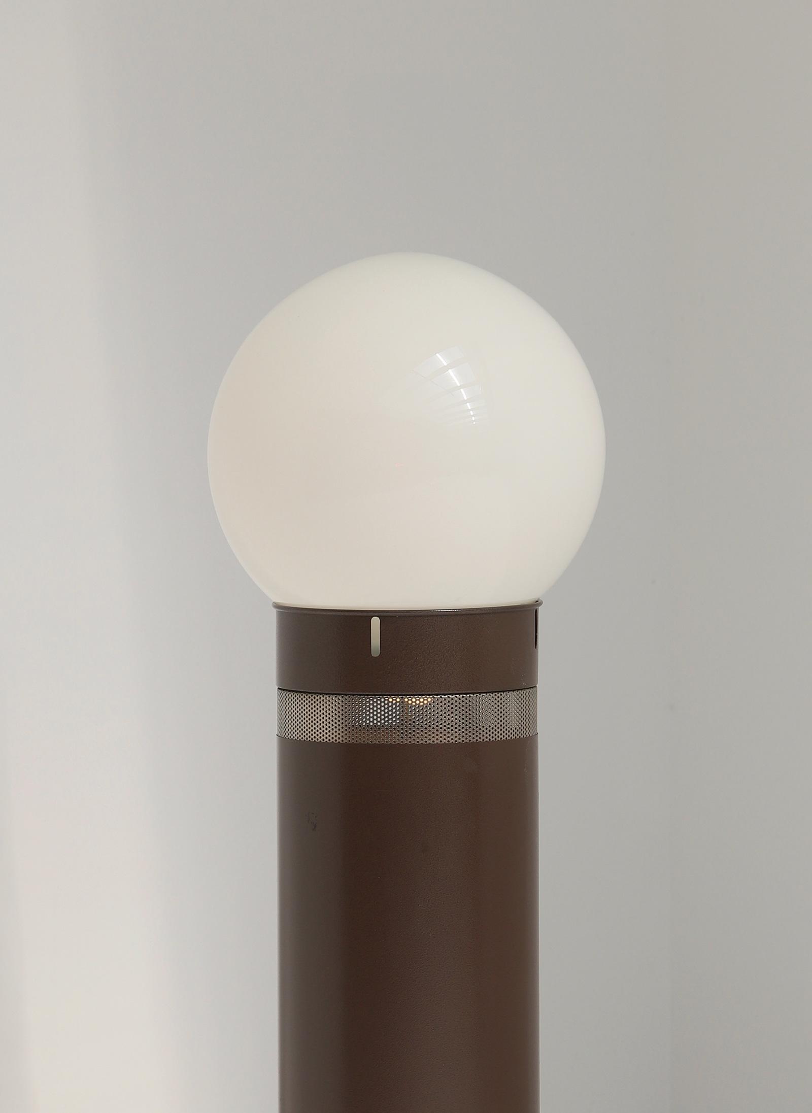 Gae Aulenti Oracle floor lamp for Artemideimage 2