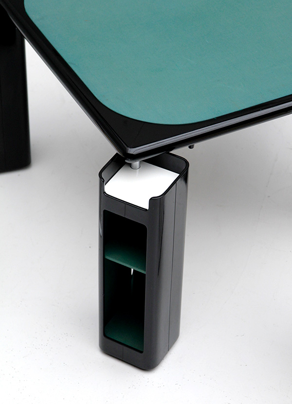 Gaming table in black lacquered wood   image 6
