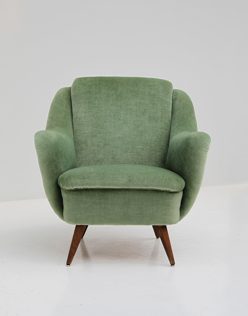 2 Easy Chairs in Green Velour  image 9