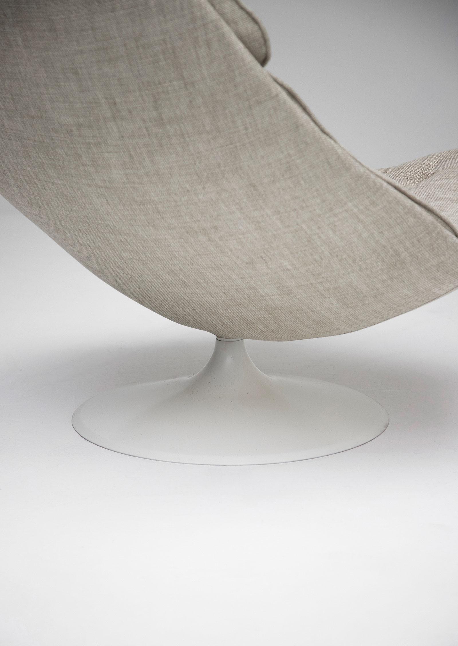 artifort f588 fauteuil by geoffrey harcourt