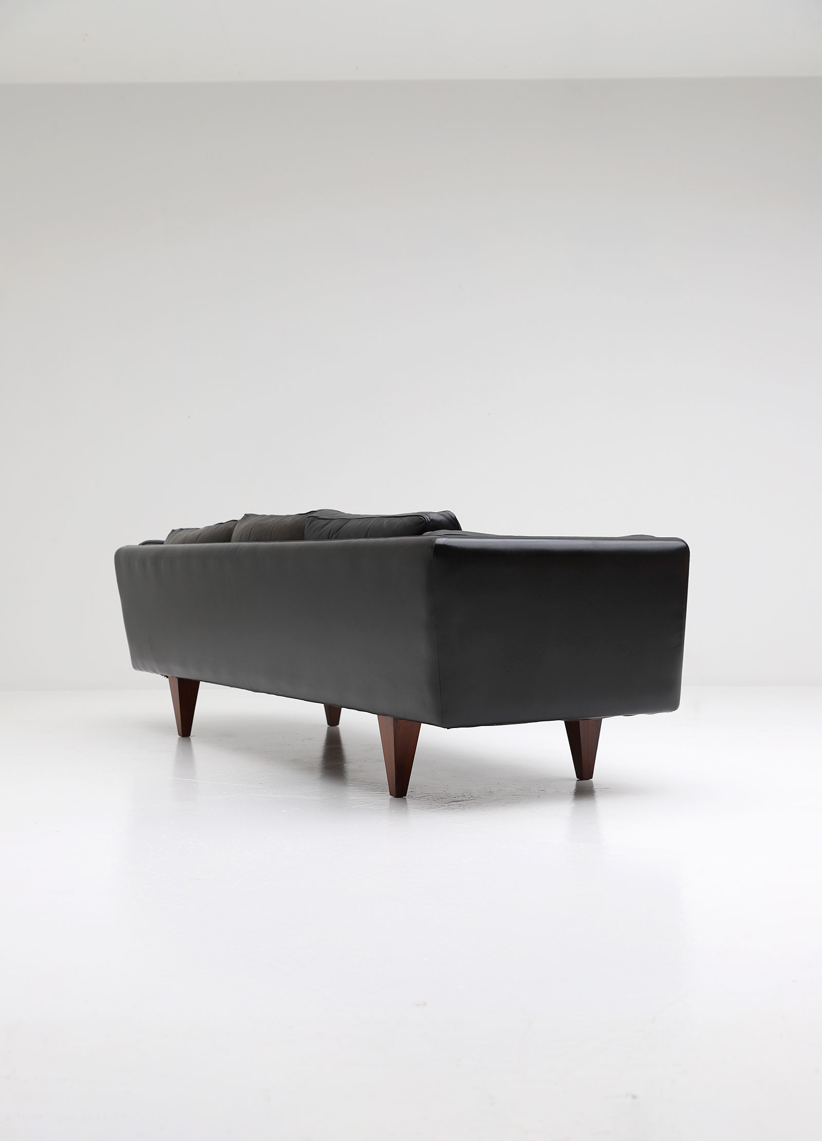Illum Wikkelso V11 sofa