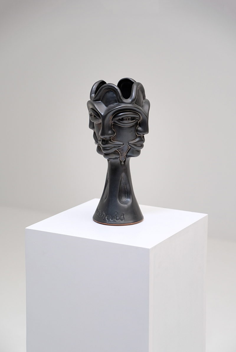 Jean Marais Black Ceramicimage 2