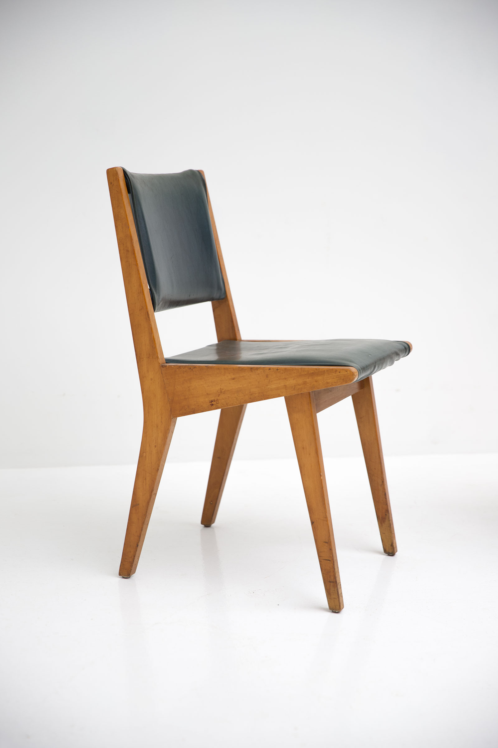 Jens Risom Chairs 666 Knoll Edition