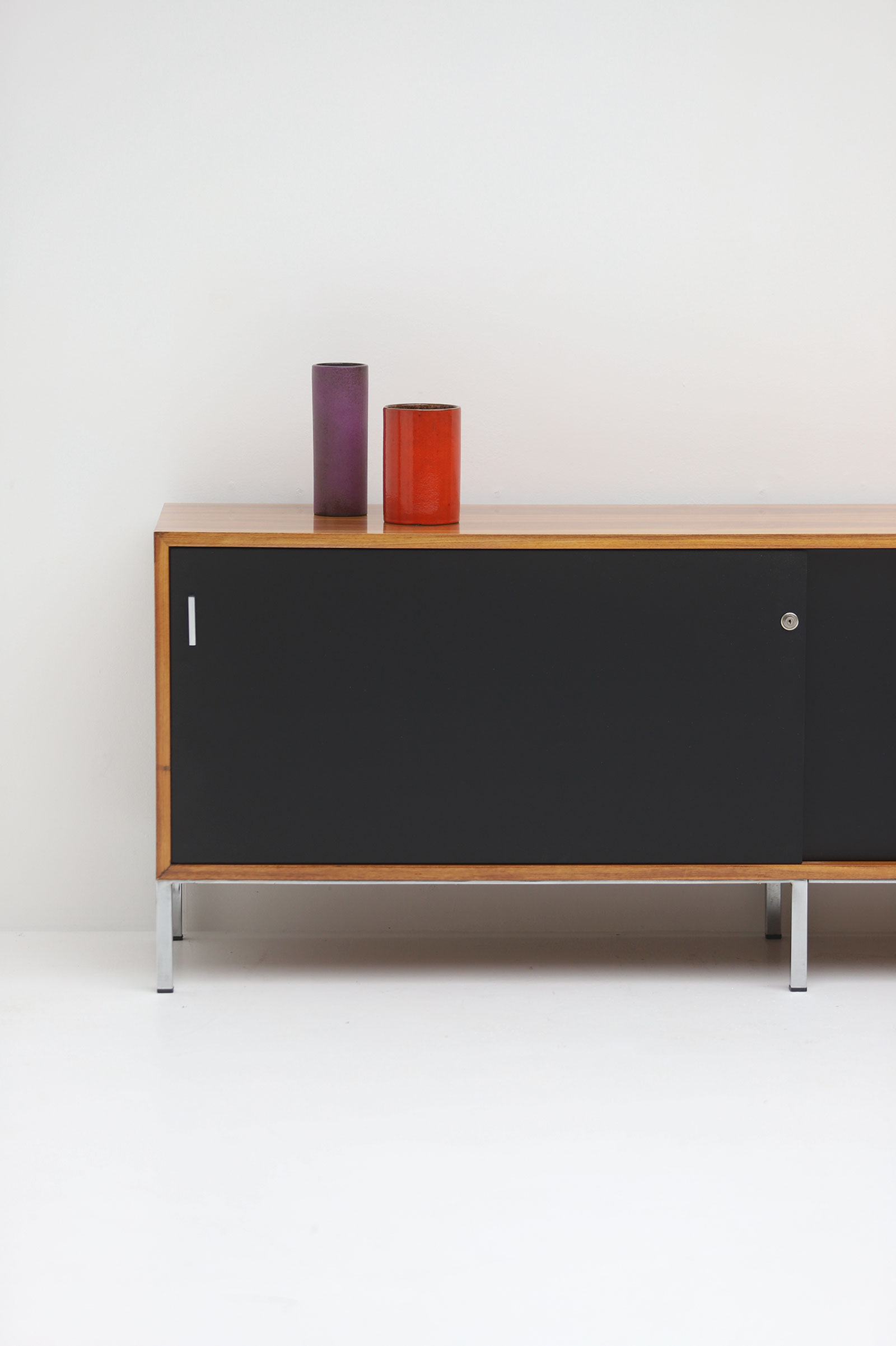 Decorative sideboard 1970simage 2