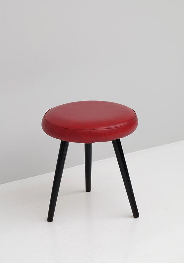 Tripod, Vinyl, Stools, 1950s, Red, Alvar Aalto