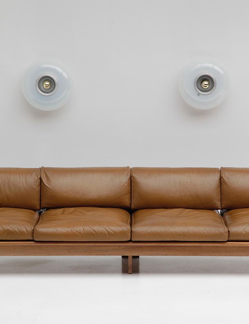 70s Wide Cognac Leather Sofaimage 2