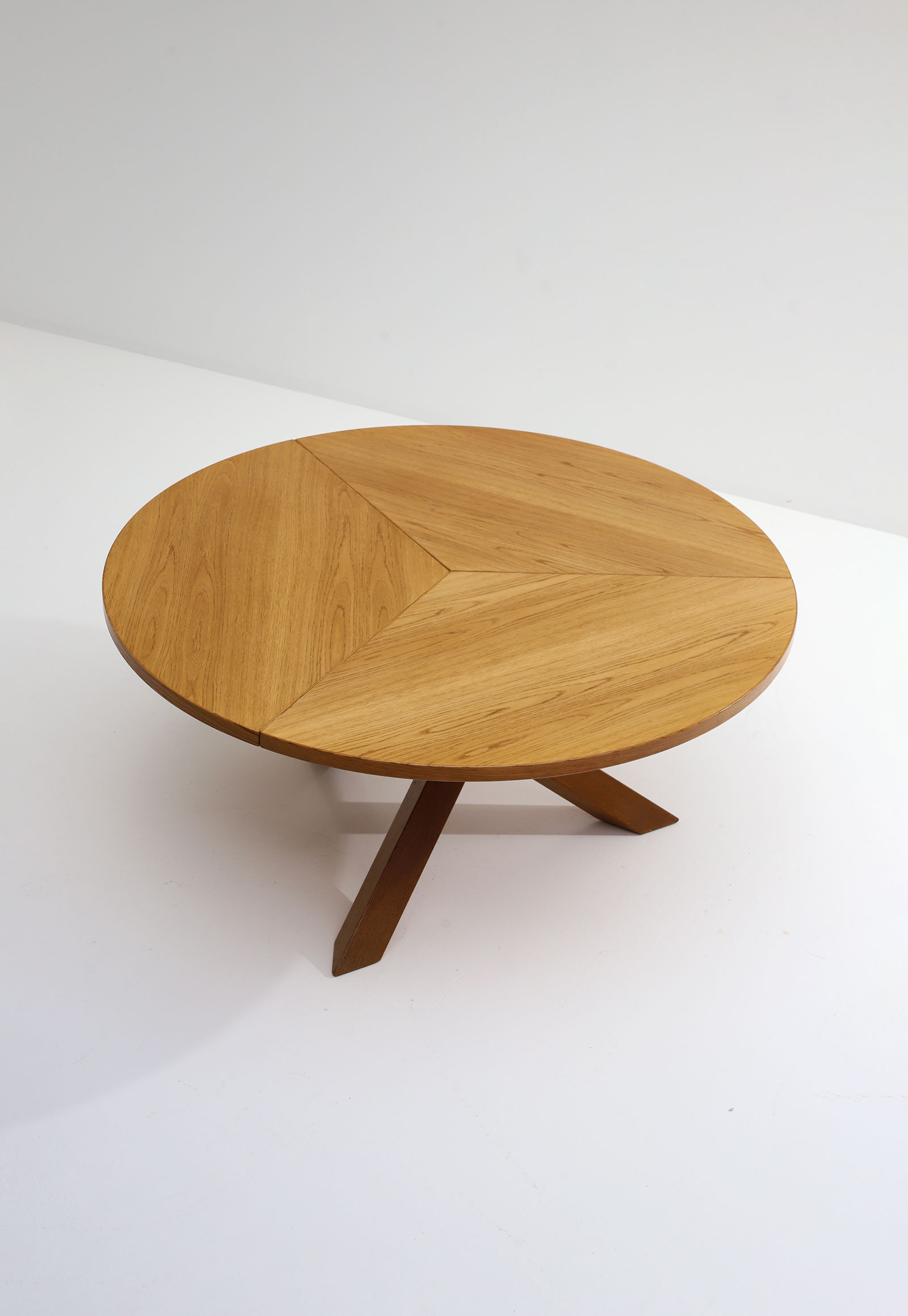 Gerard Geytenbeek Dining Table for AZS The Netherlandsimage 5