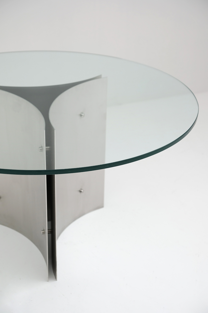Round Pedestal Dining Table in Steel and Glass
