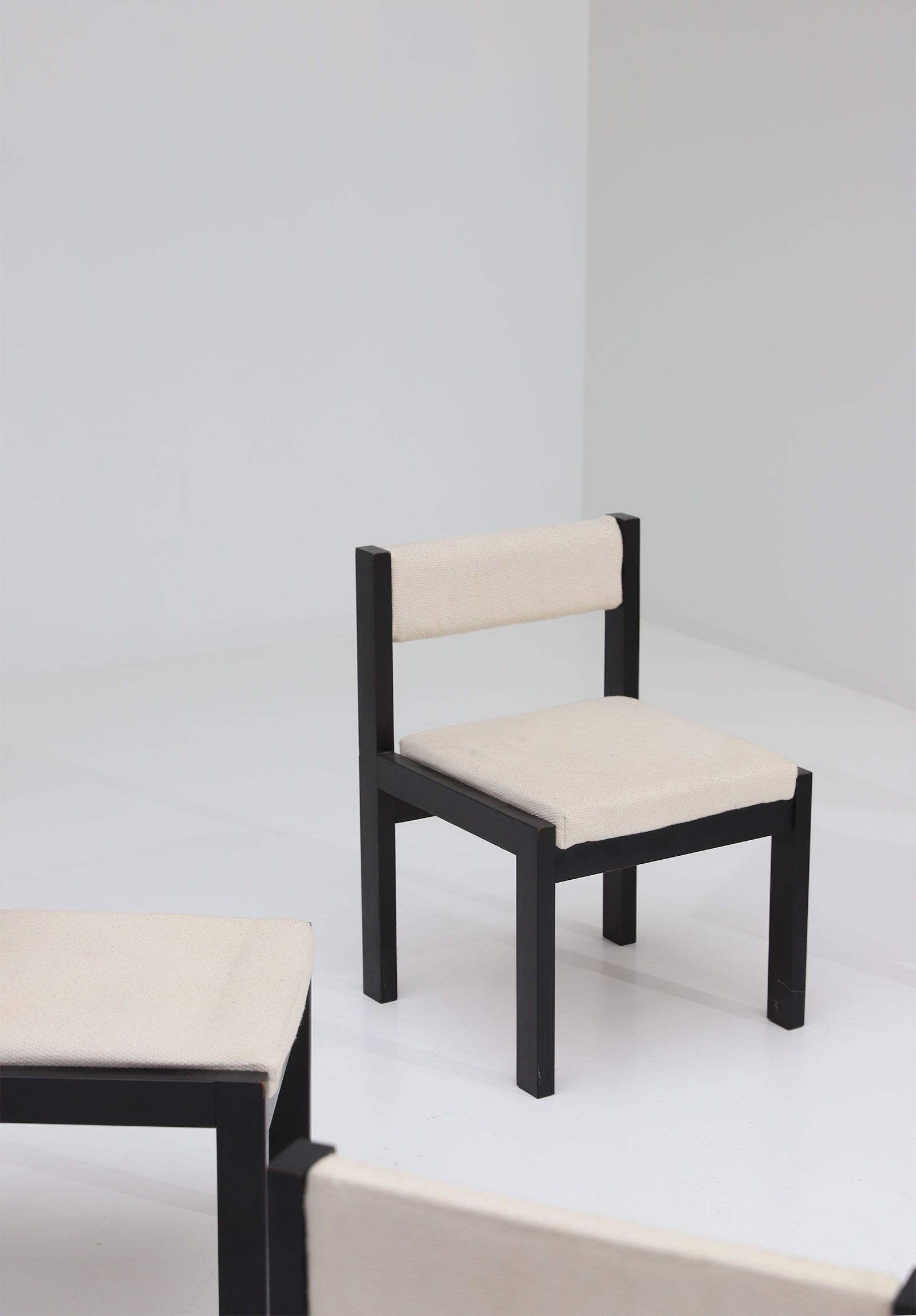 6 chairsimage 5