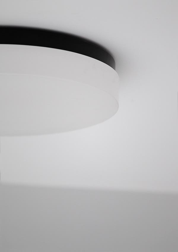 MINIMALIST CEILING LAMP image 3