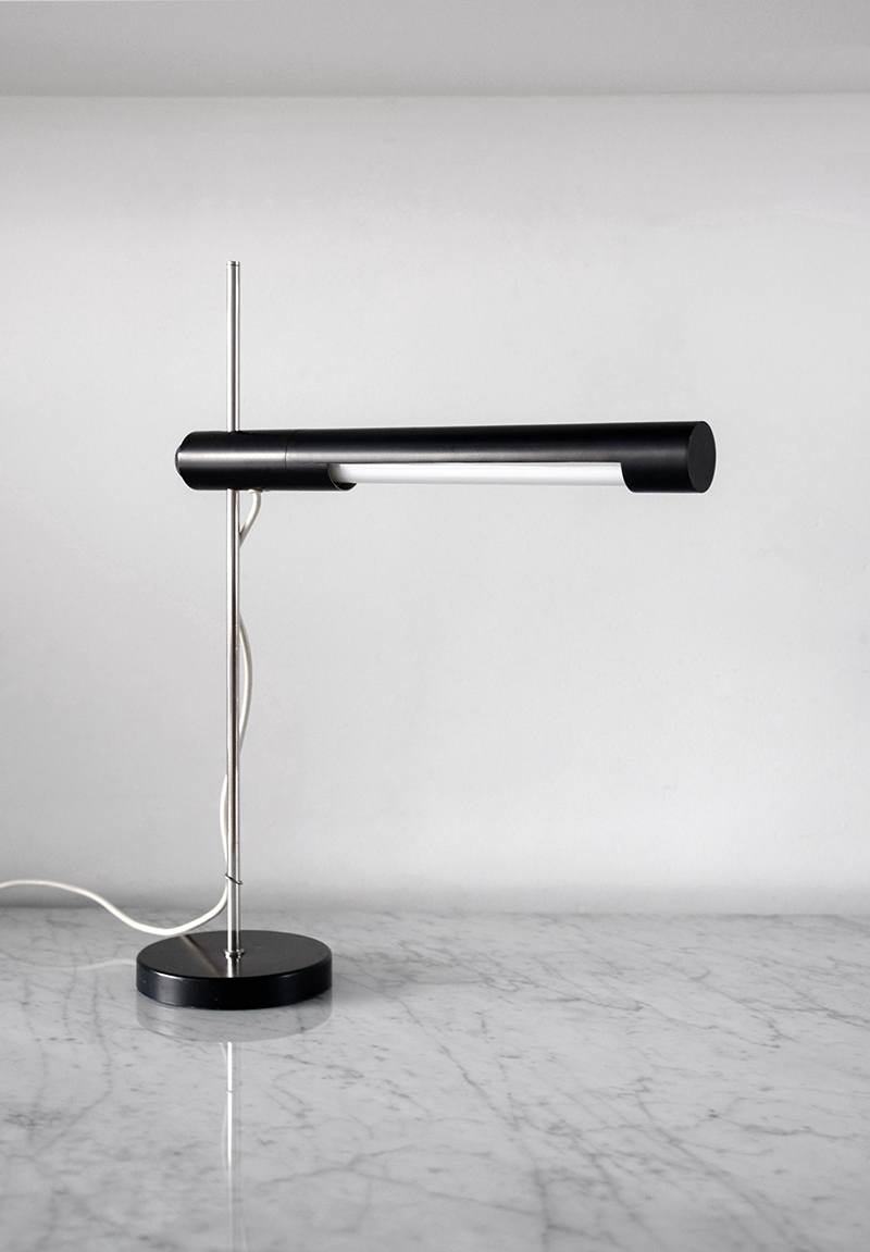 Minimalist desk lamp 1950simage 2