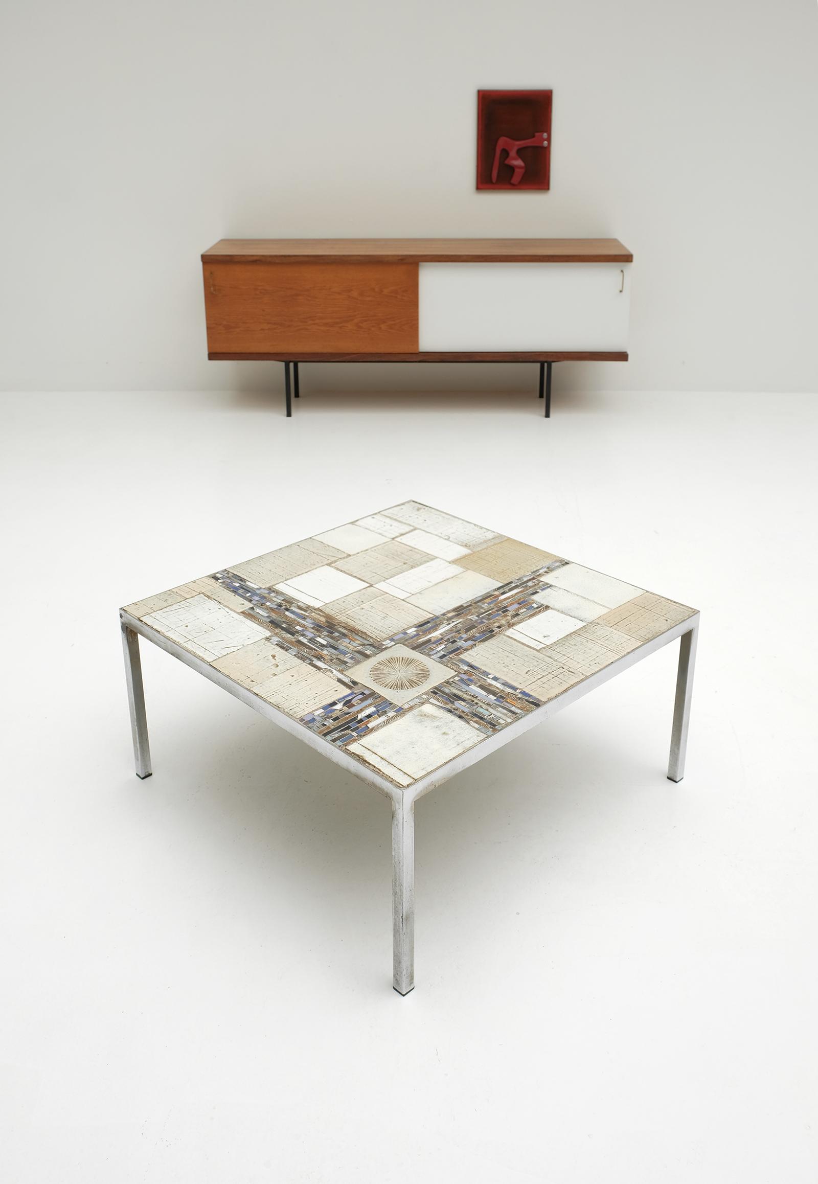 Pia Manu Coffee Table