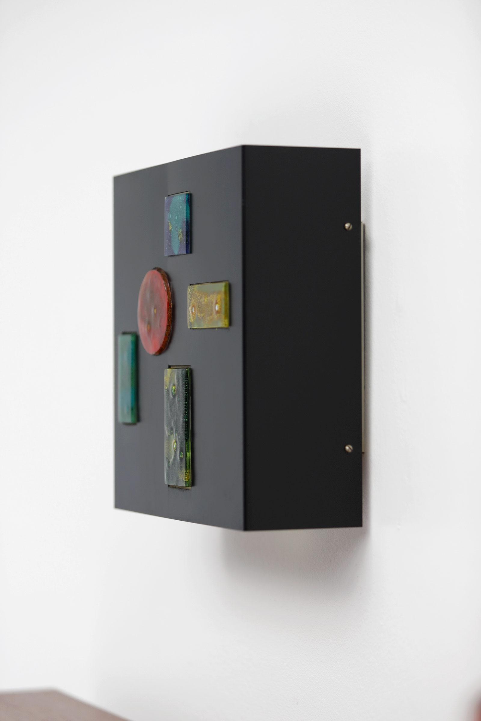 Minimalist wall lamp by Willem van Oyen for Raakimage 3