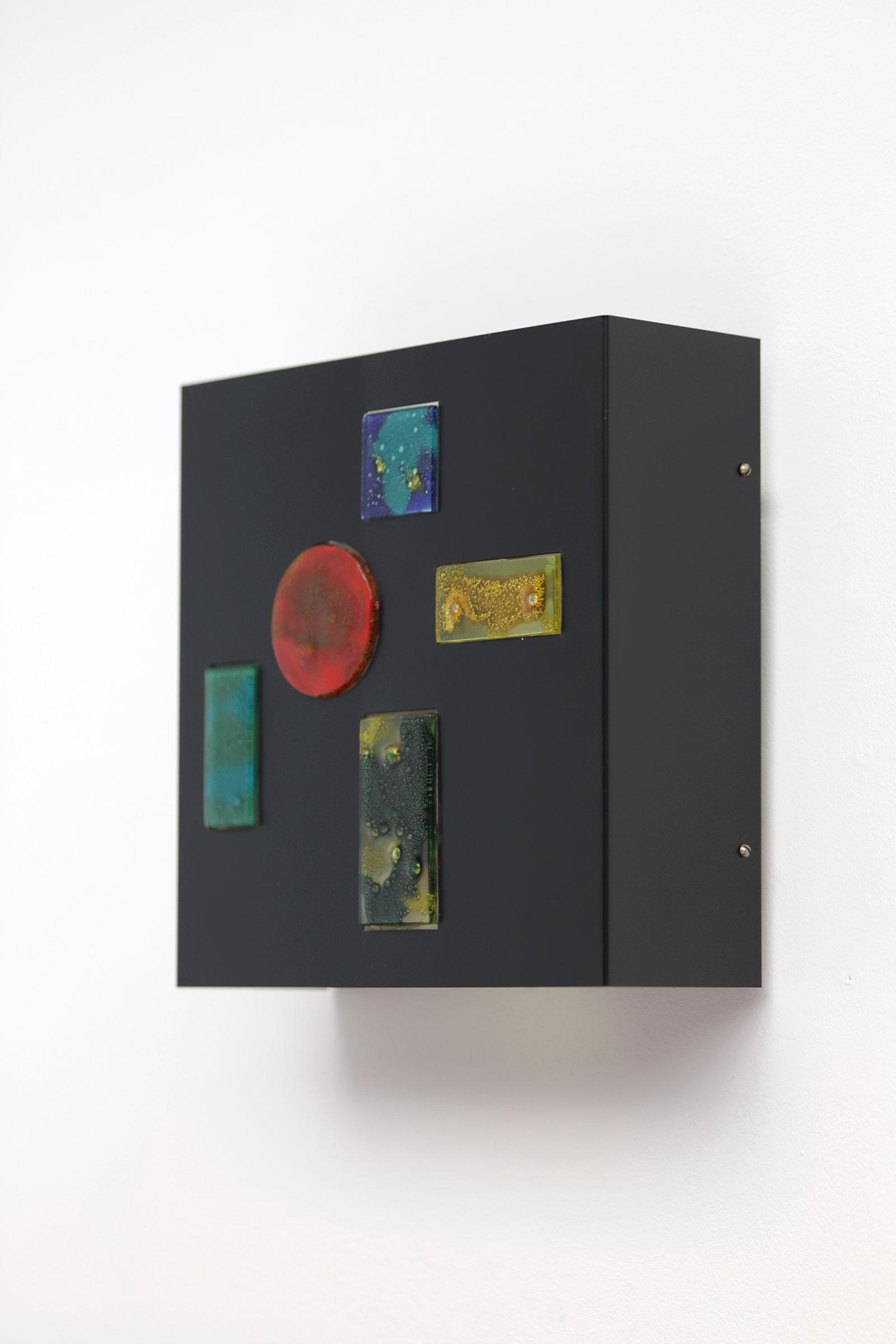 Minimalist wall lamp by Willem van Oyen for Raakimage 4