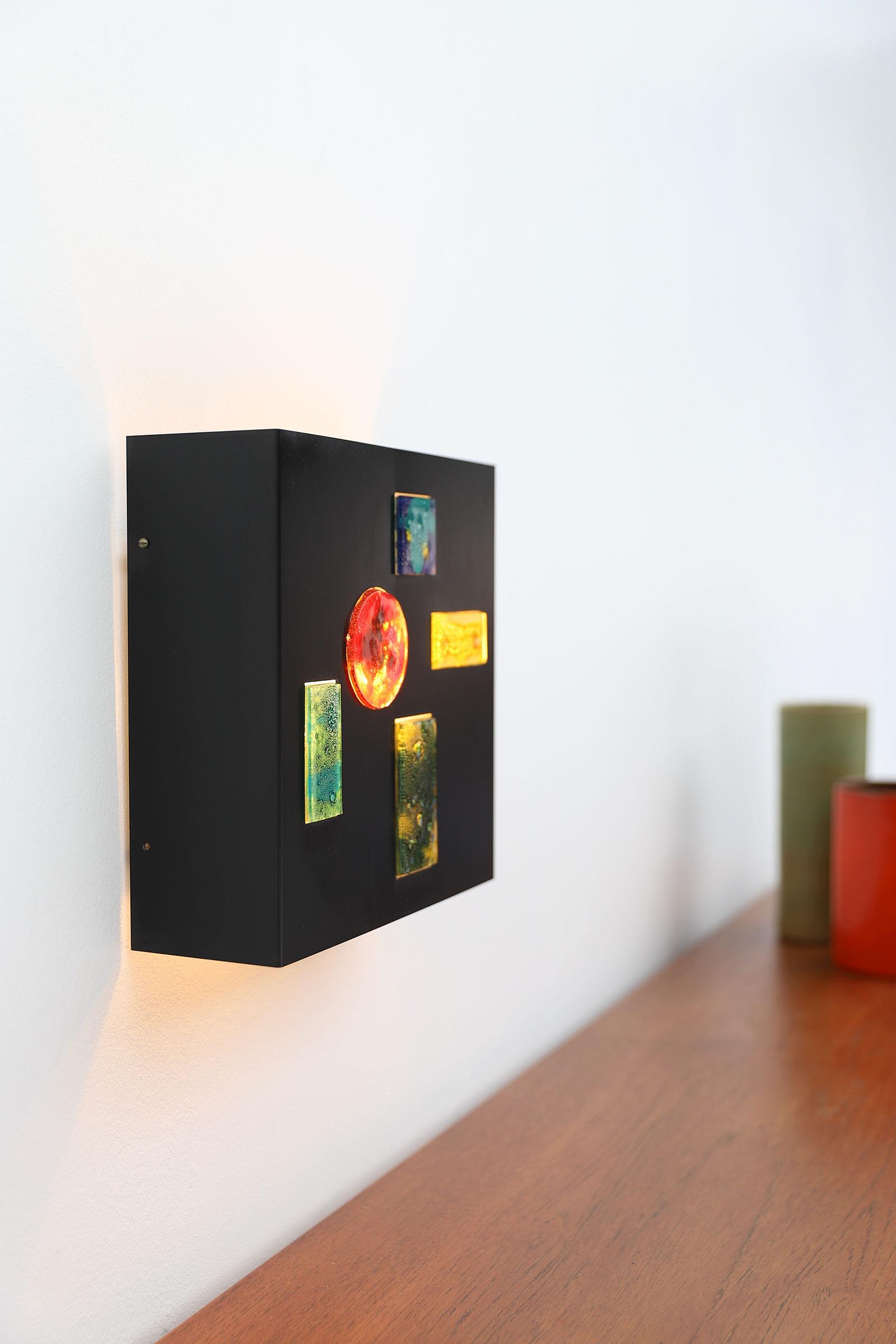 Minimalist wall lamp by Willem van Oyen for Raakimage 5