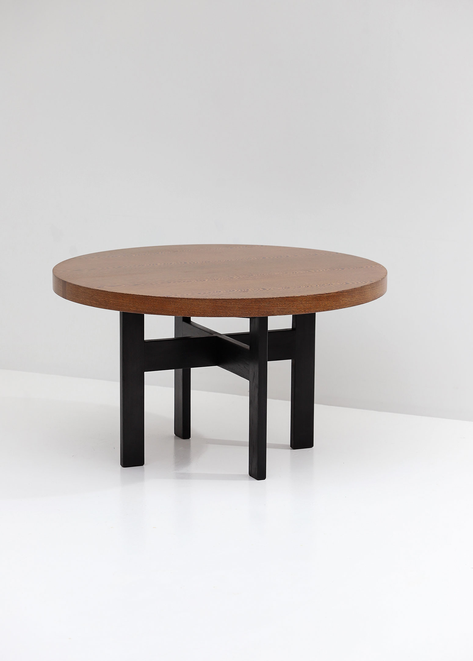 Round Decorative Wenge Dining Table 1970s
