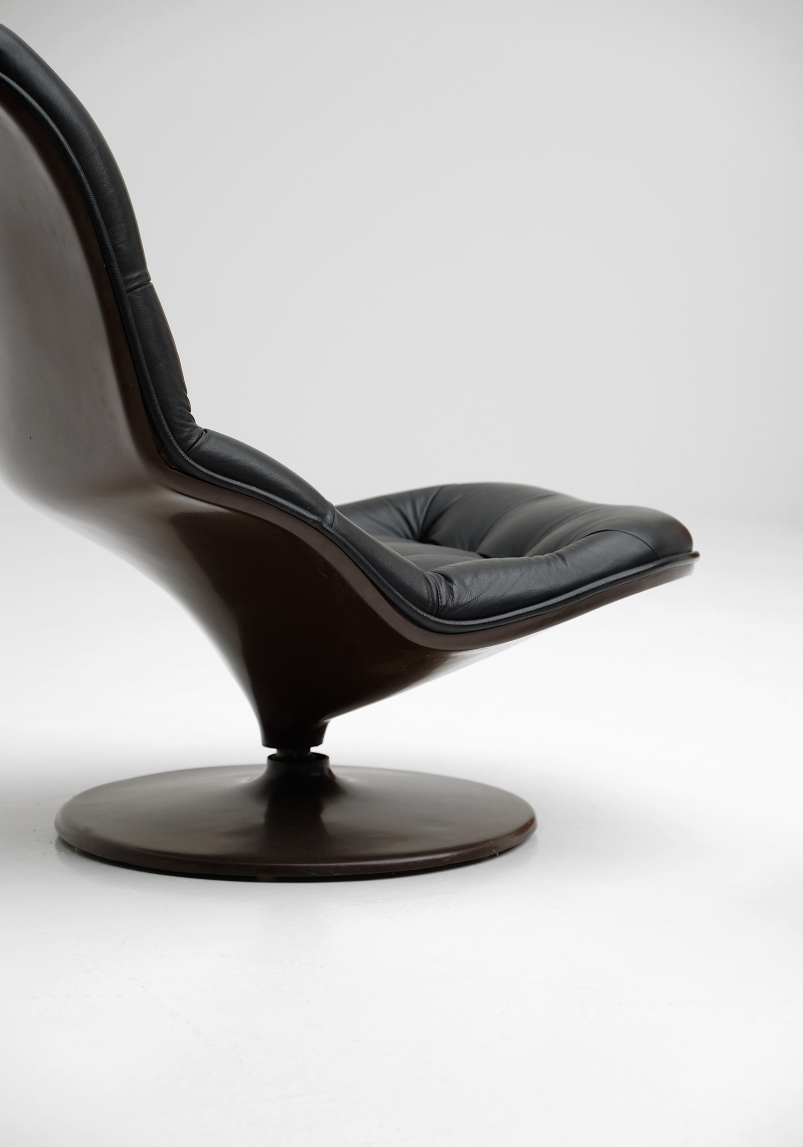 Georges Van Rijck Shelby Lounge chairimage 4