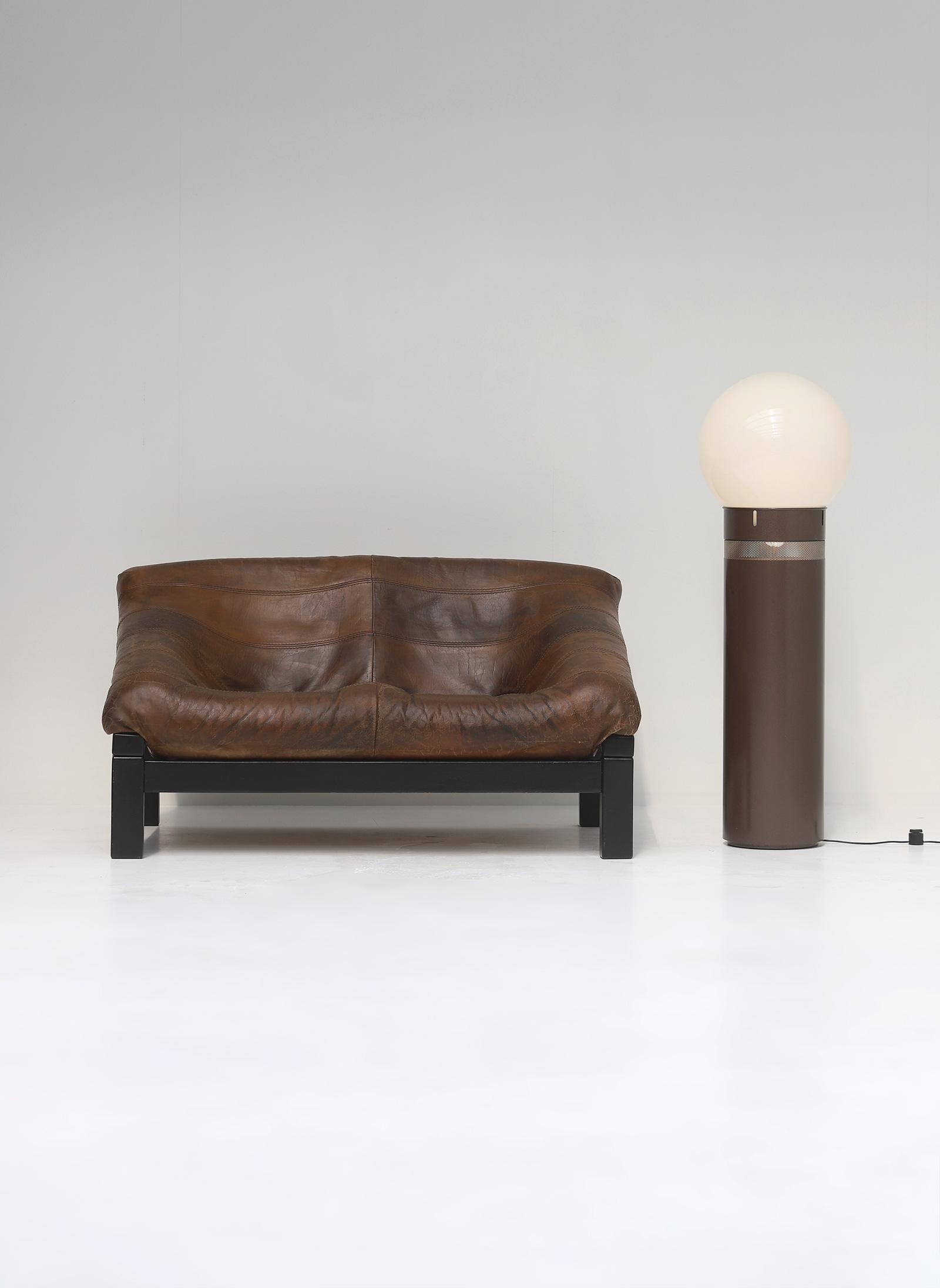 Decorative 2 seat leather Sofaimage 1