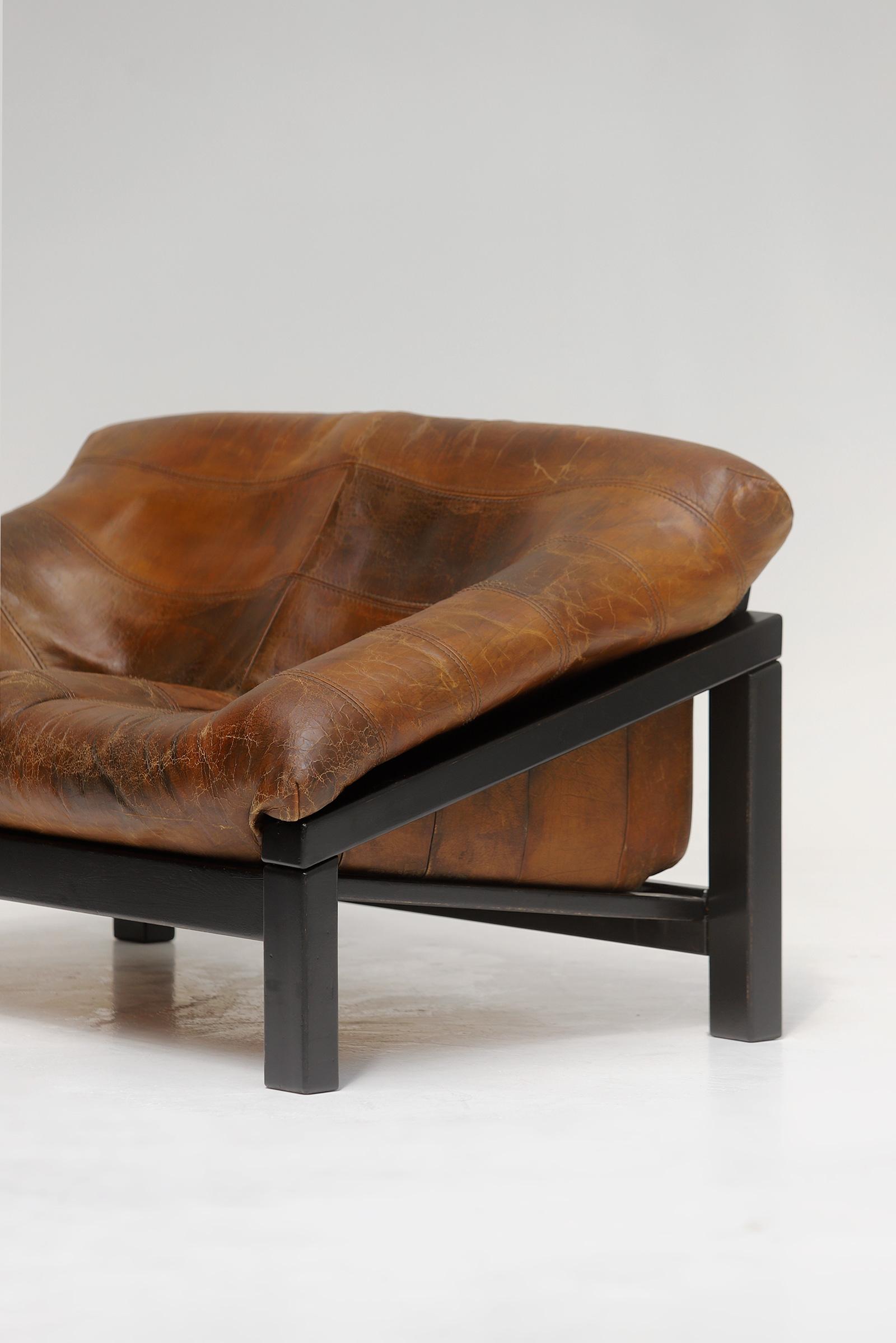 Decorative 2 seat leather Sofaimage 4