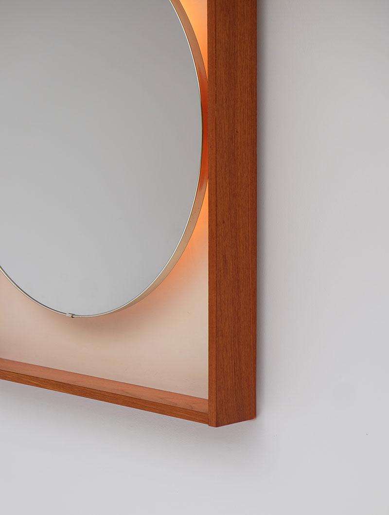 Rectangular Wall Hung Round Mirror
