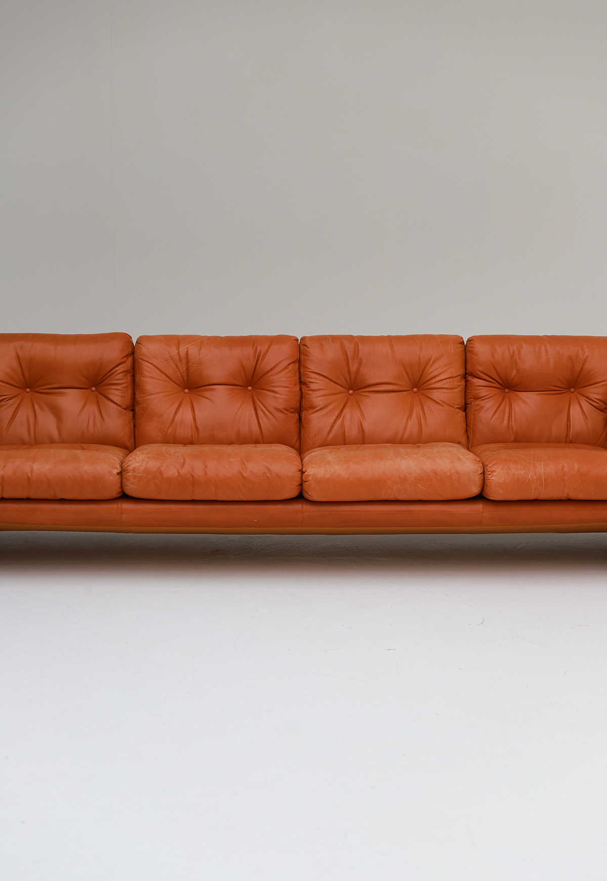 Tobia Scarpa 4 seat Cognac Leather Sofa B&B Italiaimage 3