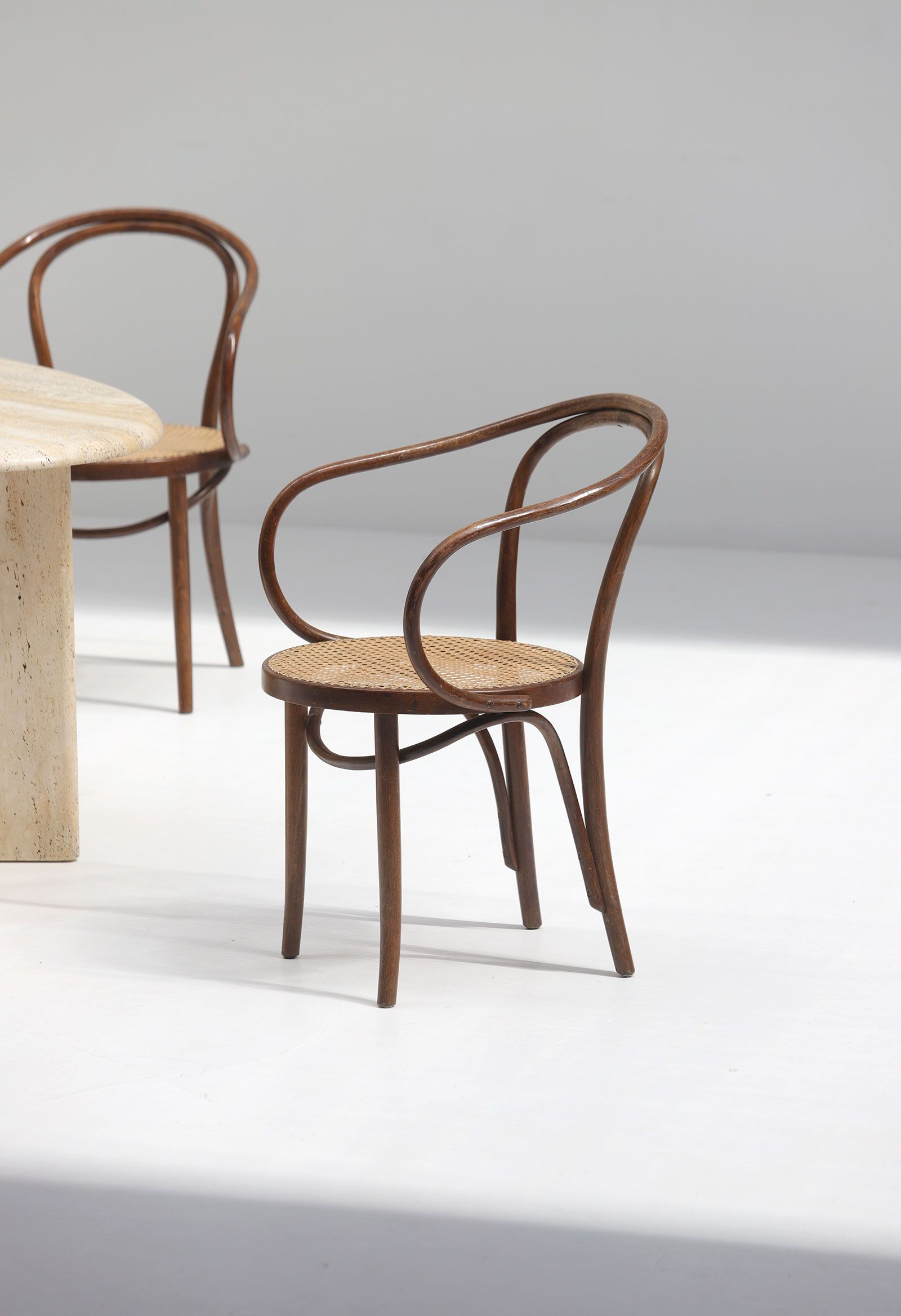 Set of four bentwood B9 armchairs by Thonetimage 5