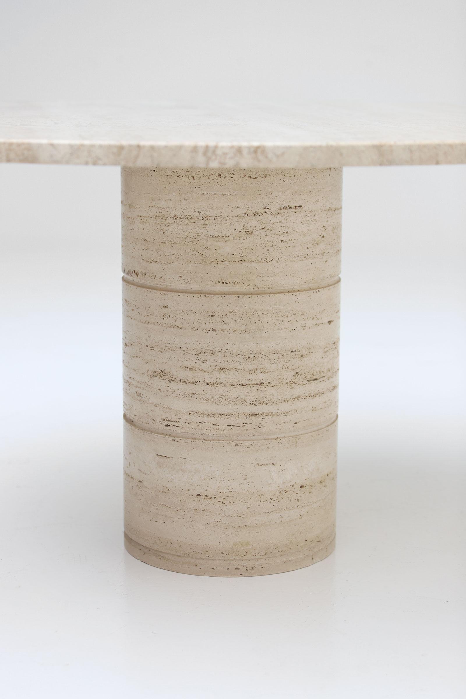 Up&Up Travertine Round Pedestal Dining Table image 3