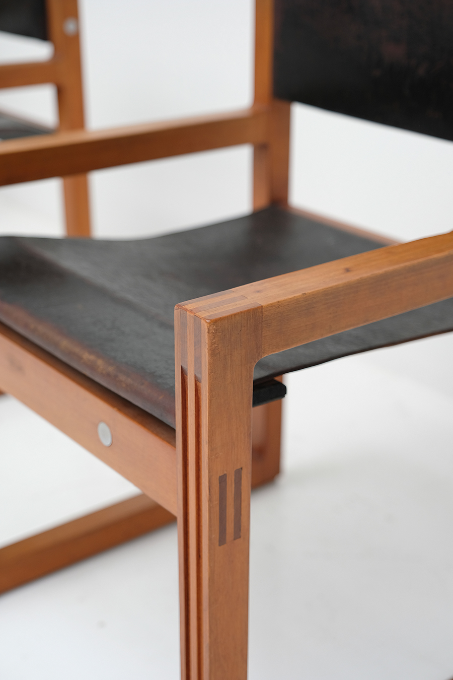 Christophe Gevers Chairs for De Coeneimage 7