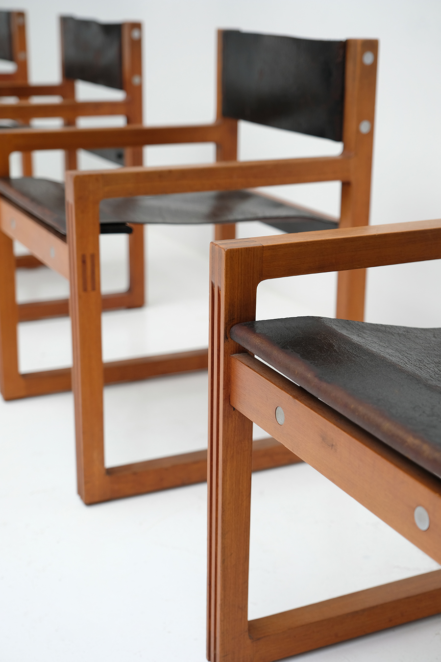 Christophe Gevers Chairs for De Coeneimage 6