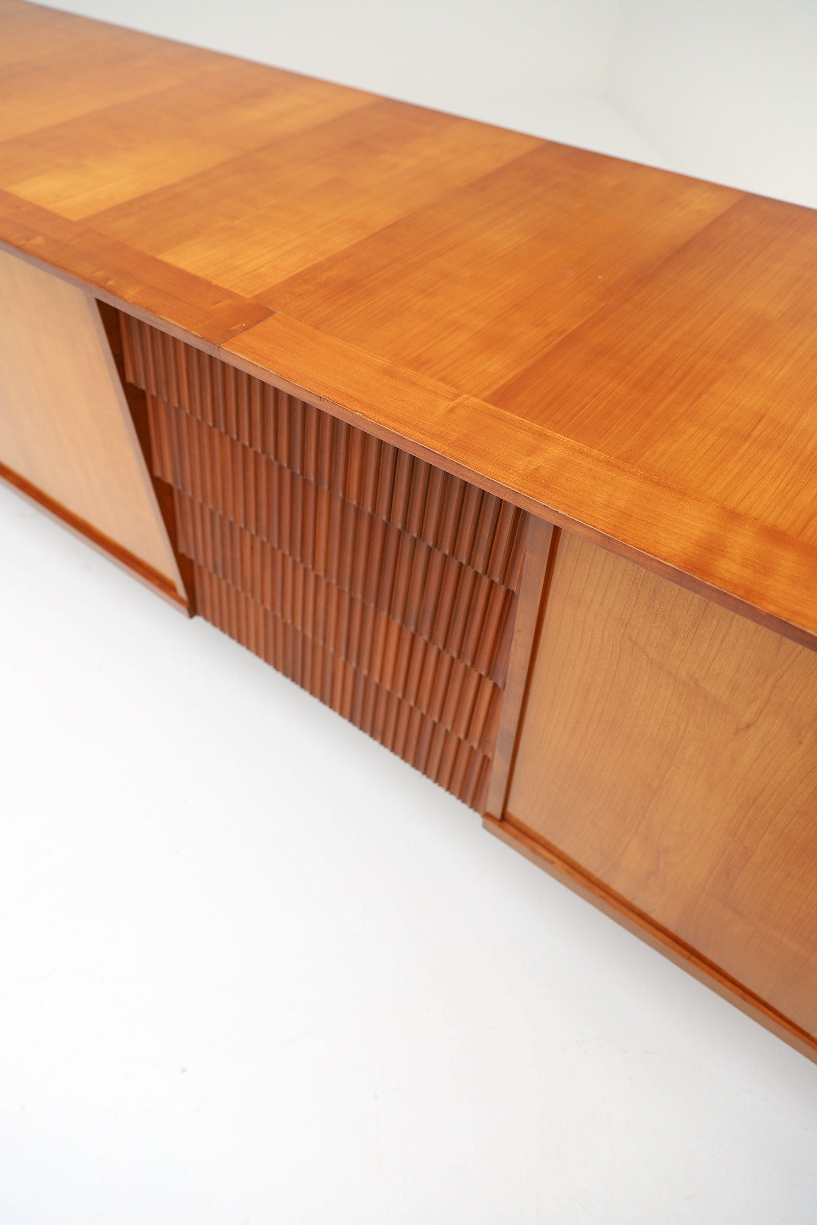 Exceptional Large 1950's Sideboard image 8