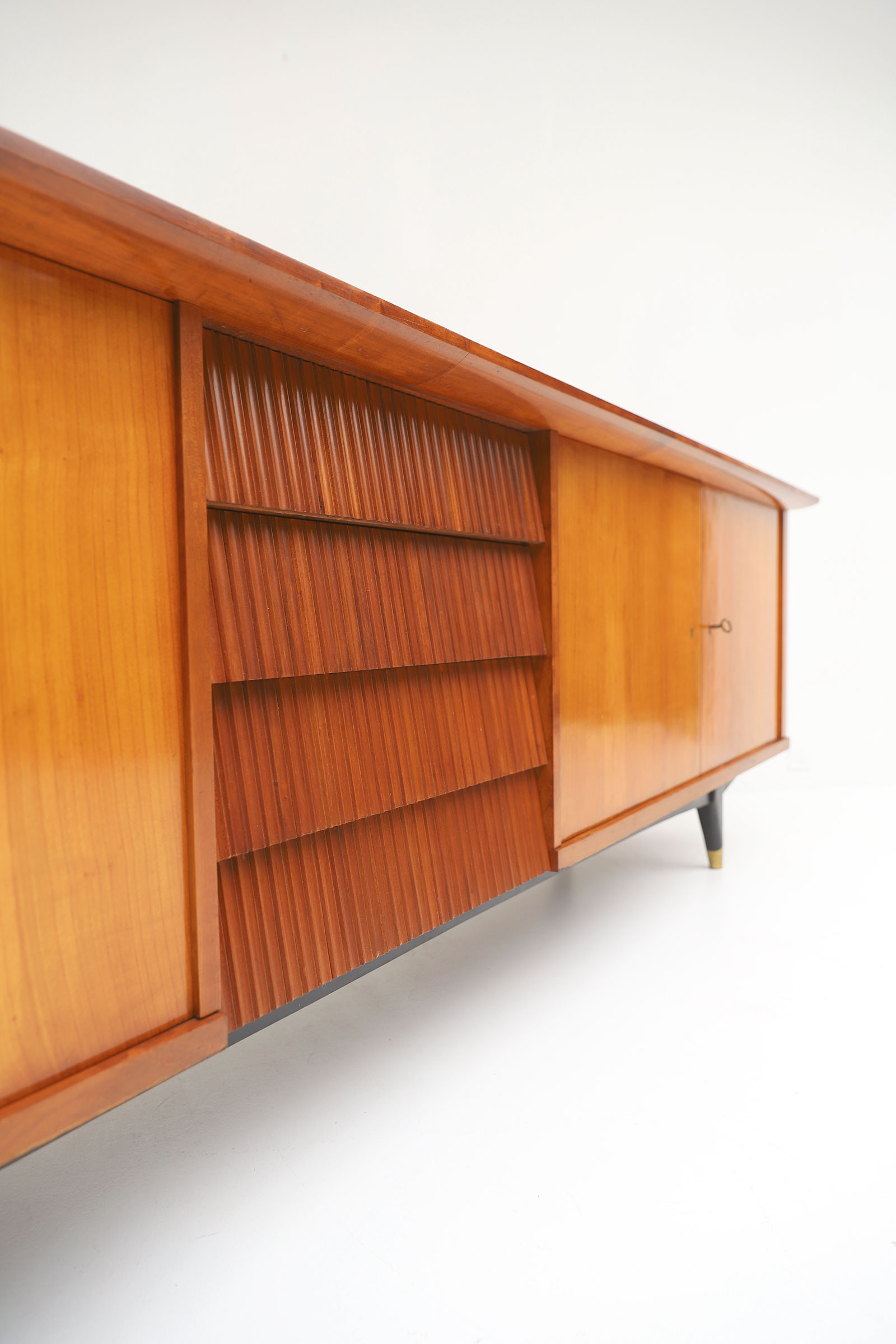 Exceptional Large 1950's Sideboard image 5