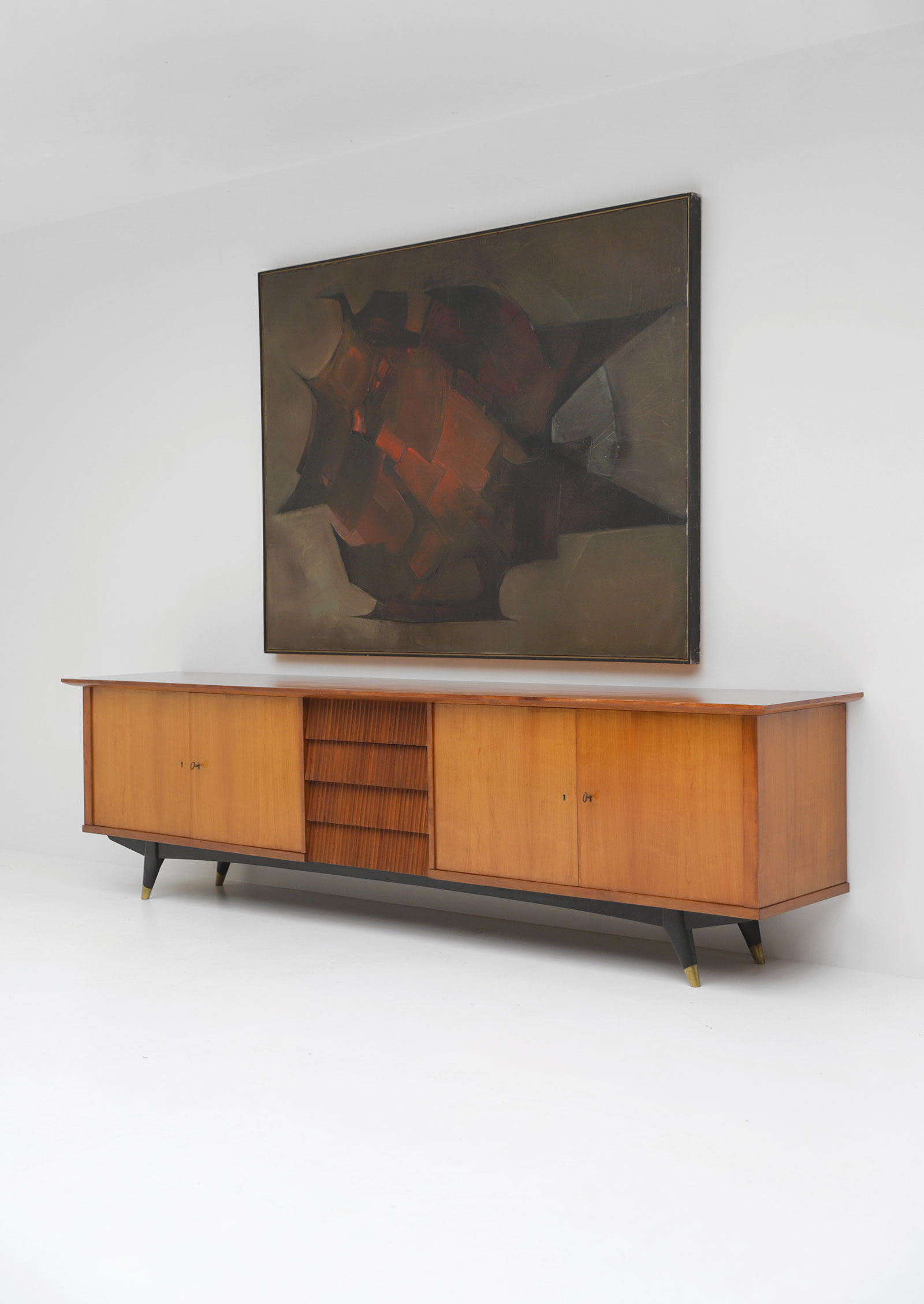 Exceptional Large 1950's Sideboard image 4