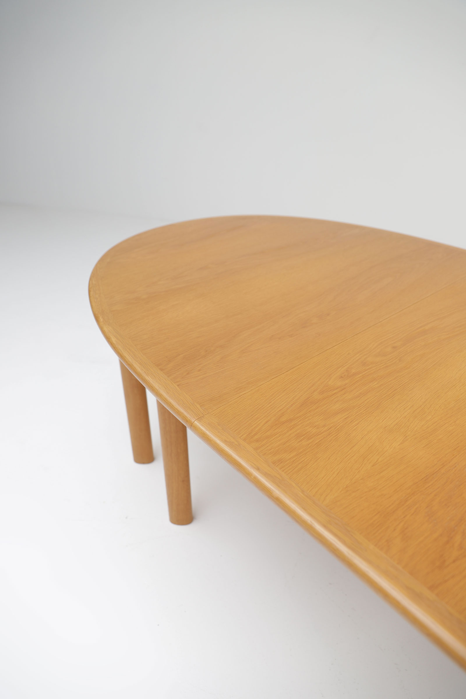 Oak Dining Table Van Den Berghe Pauversimage 7
