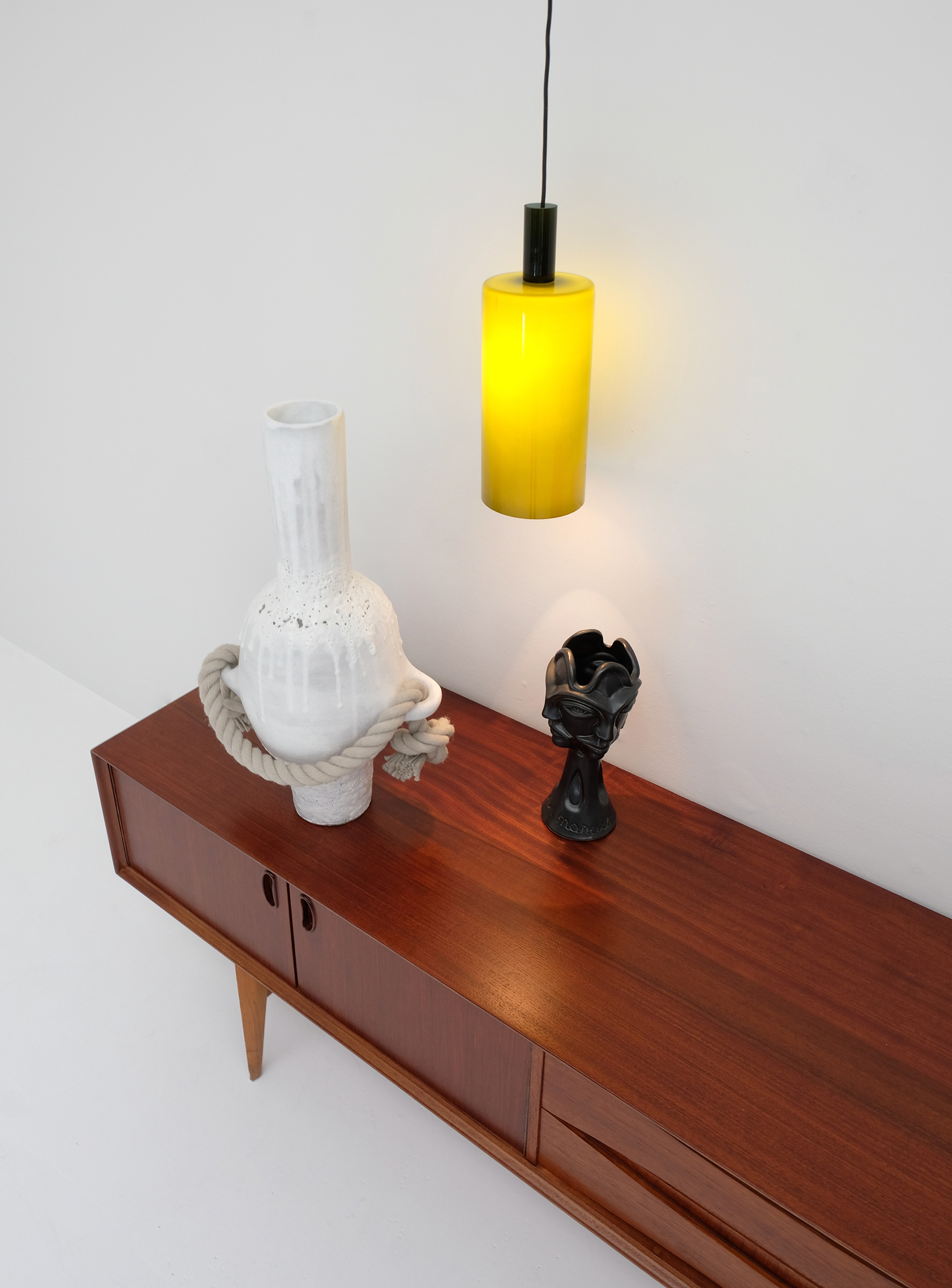 1958 V-form Paola Low Sideboard Oswald Vermaerckeimage 9