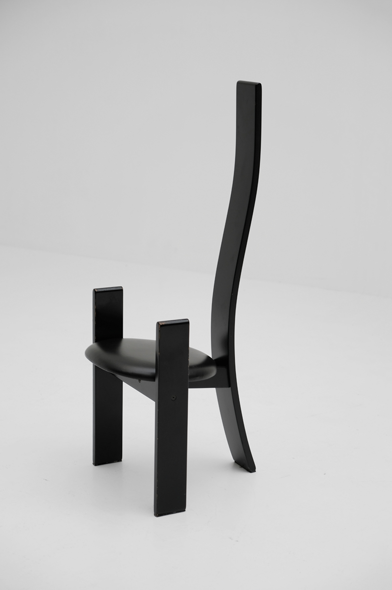 Vico Magistretti Gollem dining chairsimage 6