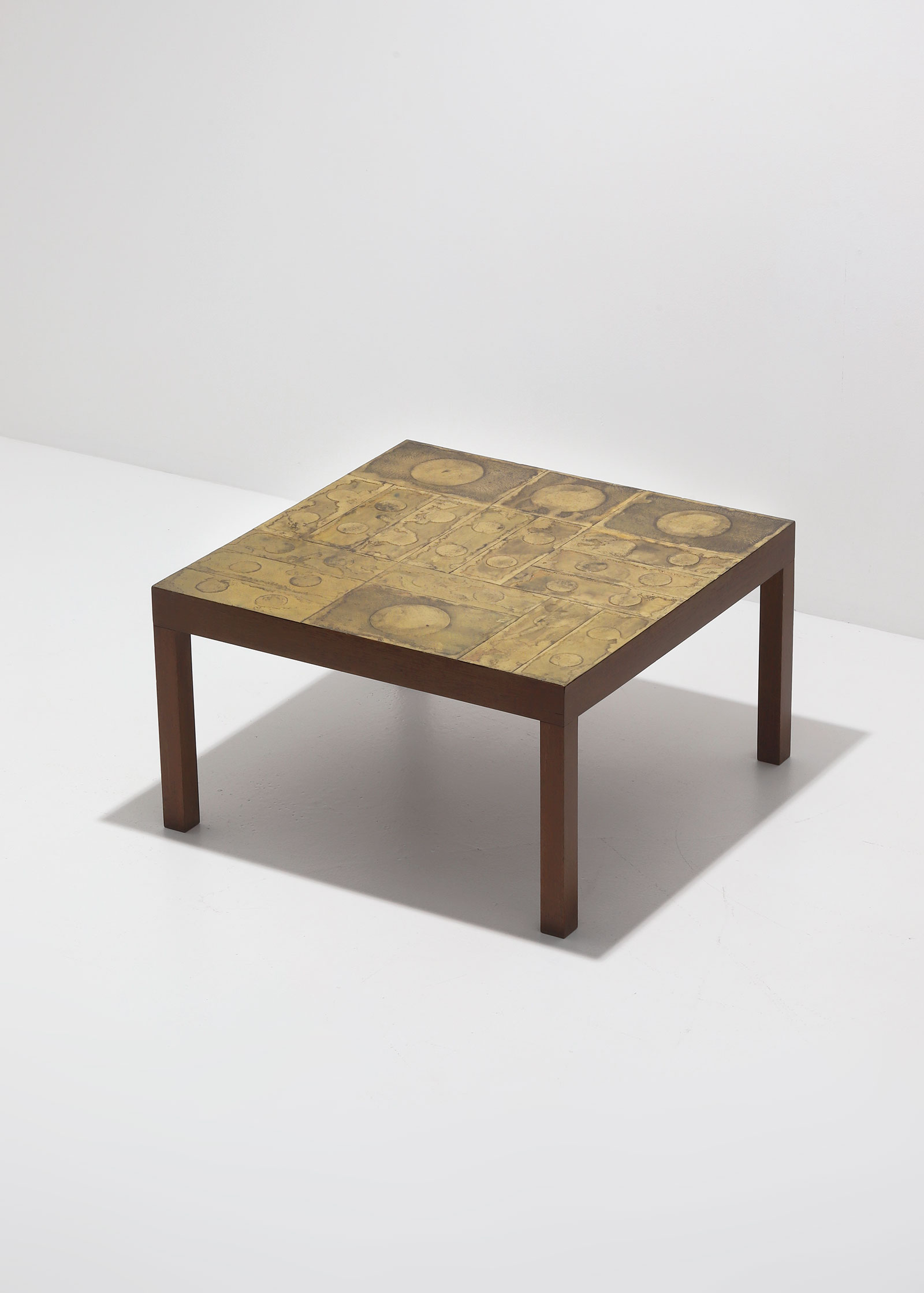 Willy Daro Brass etched Coffee Table 1970simage 2