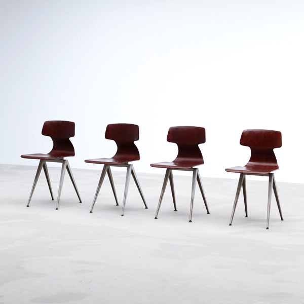 Industrial chairs with a V compass metal structure