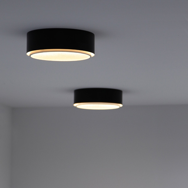 2 Minimalistic design ceiling lamps by Raak Amsterdam