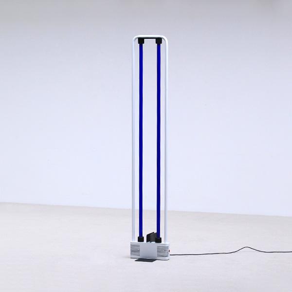 Gian Nicola Gigante Neon lamp Design 1981 Sottsass