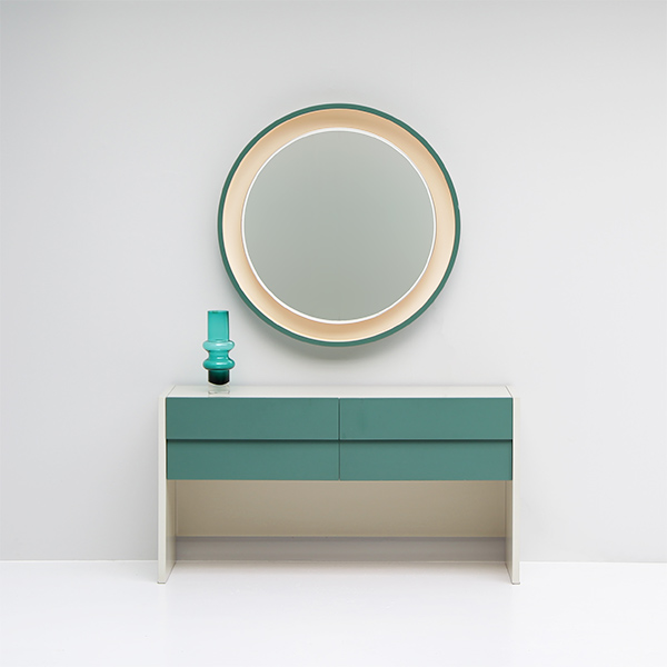 1970s dressing table with drawers